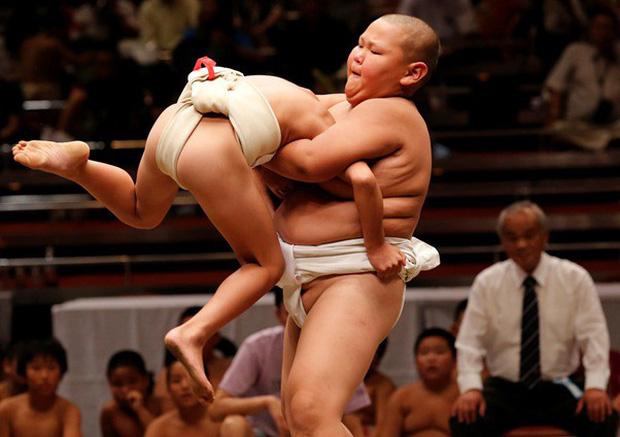 Để có những tài năng toàn diện như huyền thoại trượt băng Yuzuru Hanyu, cha mẹ Nhật Bản đã giáo dục con như thế nào? - Ảnh 2.