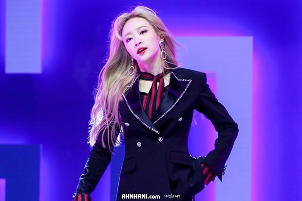 Nhan sắc của mỹ nhân được khen chỉ có thể hơn chứ không kém Yoona, Suzy: Đẳng cấp đẹp có một không hai - Ảnh 10.