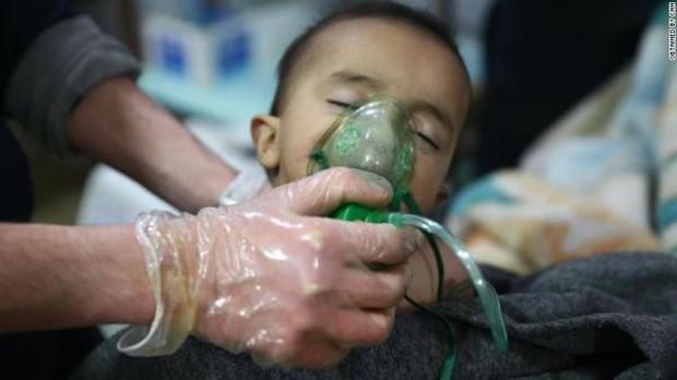 Thảm cảnh của những đứa trẻ tại thánh địa chết chóc Syria: Nỗi đau của các em vẫn chưa có hồi kết - Ảnh 17.