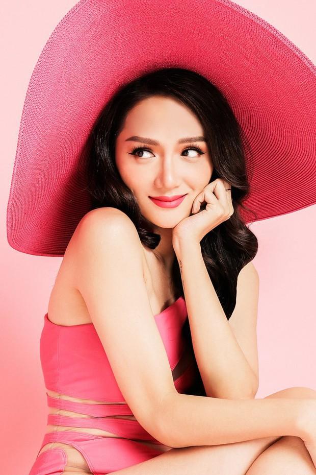 Hương Giang lại xuất hiện nổi bật trên tạp chí Thái, kể về việc bị ức hiếp và kì thị giới tính - Ảnh 2.