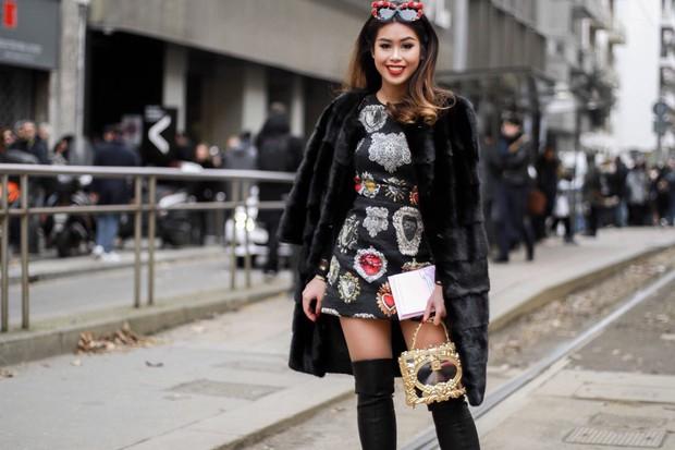 Mùa này nước ta làm gì có ai bay show ác liệt tại Milan Fashion Week hơn là Thảo Tiên - em chồng Hà Tăng - Ảnh 11.