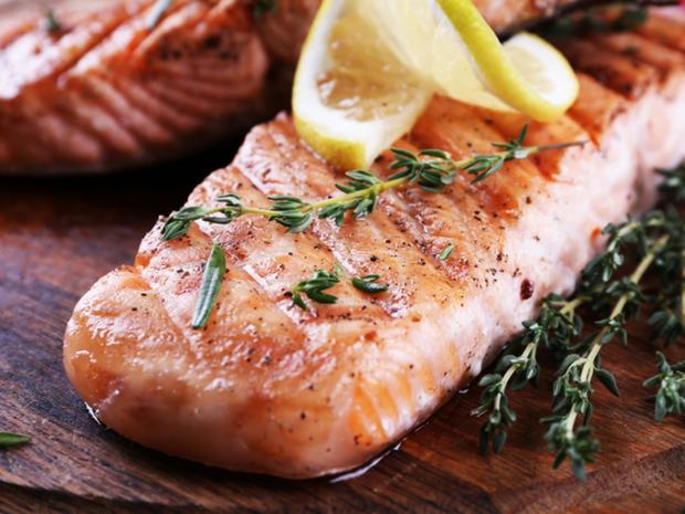 Muốn có cơ bắp cuồn cuộn thì hội con trai nên bổ sung ngay những thực phẩm này sau khi tập luyện - Ảnh 6.