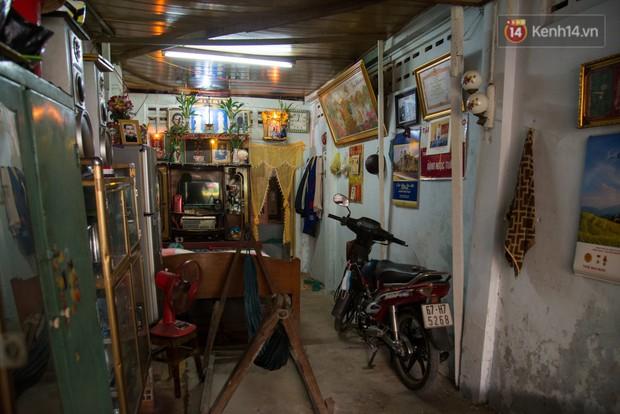 Về thăm căn nhà nhỏ cũ kỹ của gia đình thủ môn U23 Việt Nam: Mẹ ung thư, cha mất khả năng lao động - Ảnh 2.