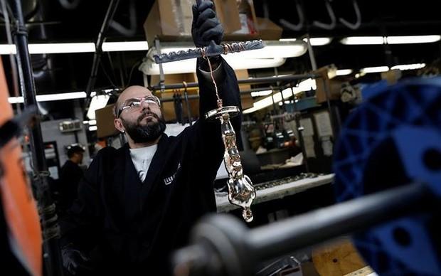 Khám phá quy trình sản xuất tượng vàng Oscar danh giá - Ảnh 8.