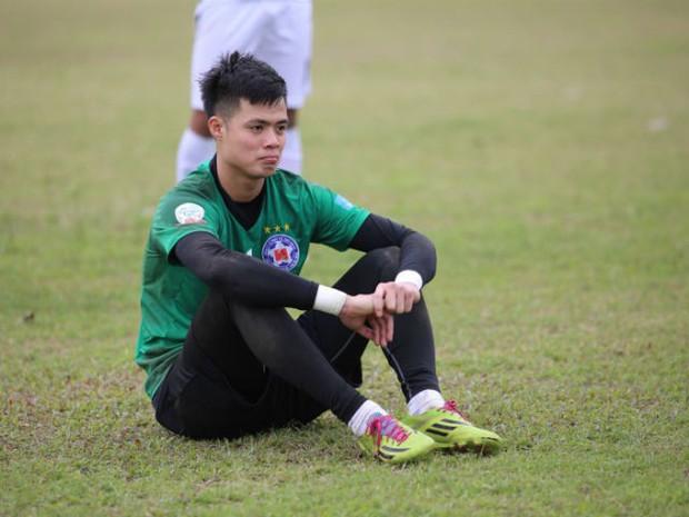 Về thăm căn nhà nhỏ cũ kỹ của gia đình thủ môn U23 Việt Nam: Mẹ ung thư, cha mất khả năng lao động - Ảnh 1.