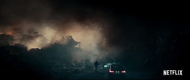 Cội nguồn quái vật sẽ được hé lộ trong phần bộ phim kinh dị được mong chờ nhất năm 2018 - Cloverfield Paradox - Ảnh 3.