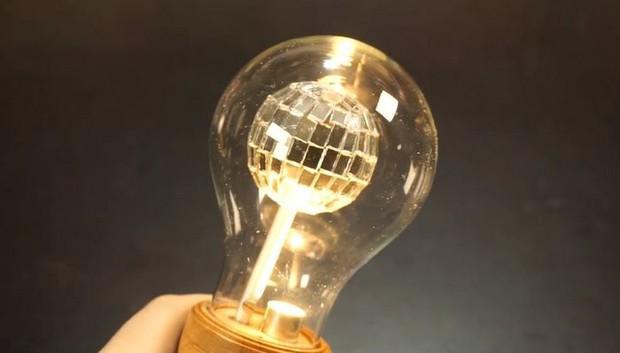 Hướng dẫn tự chế quả cầu disco từ một chiếc bóng đèn sợi đốt cũ - Ảnh 8.