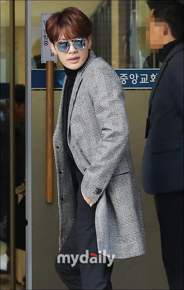 Dàn sao siêu sang chảnh dự đám cưới Taeyang: 2NE1 và WINNER như đi thảm đỏ, Black Pink đọ sắc người đẹp không tuổi - Ảnh 31.