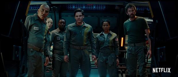 Cội nguồn quái vật sẽ được hé lộ trong phần bộ phim kinh dị được mong chờ nhất năm 2018 - Cloverfield Paradox - Ảnh 5.