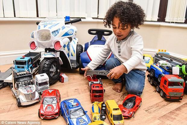 Chi 650 triệu mua sắm cho con trai 2 tuổi, cặp vợ chồng trẻ vẫn khẳng định không làm hư con - Ảnh 7.