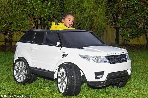 Chi 650 triệu mua sắm cho con trai 2 tuổi, cặp vợ chồng trẻ vẫn khẳng định không làm hư con - Ảnh 9.