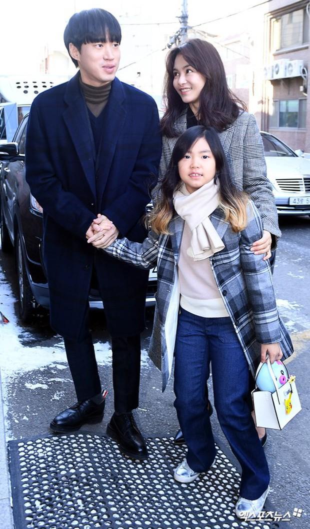 Dàn sao siêu sang chảnh dự đám cưới Taeyang: 2NE1 và WINNER như đi thảm đỏ, Black Pink đọ sắc người đẹp không tuổi - Ảnh 39.