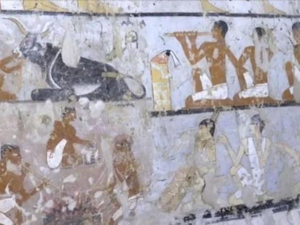 Phát hiện lăng mộ 4.400 năm tuổi, hé lộ nhân vật quan trọng trong lịch sử Ai Cập cổ đại - Ảnh 2.