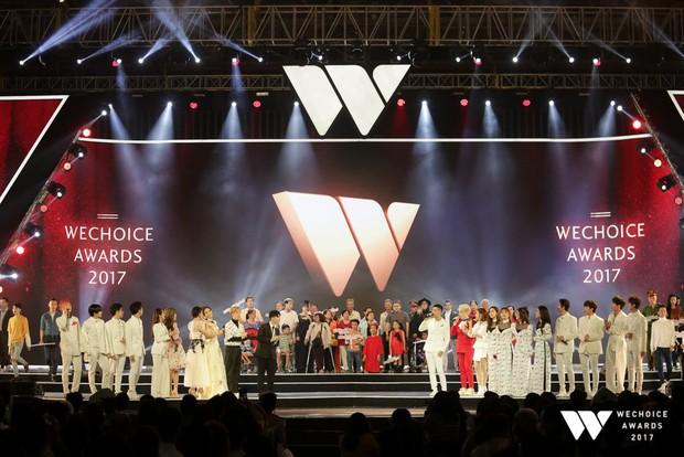 Trọn vẹn những màn trình diễn đầy thăng hoa và cảm xúc của Gala WeChoice Awards 2017 - Ảnh 13.