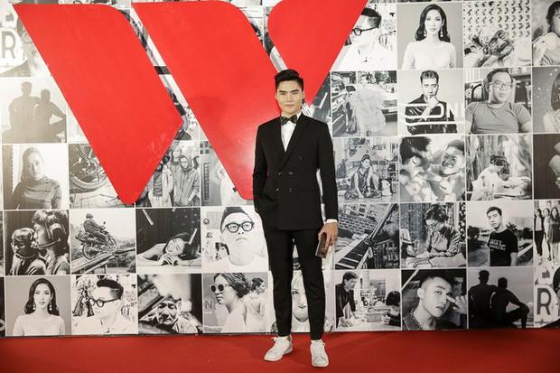 Không kém các mỹ nhân, dàn mỹ nam cũng mỗi người một vẻ công phá thảm đỏ Gala WeChoice Awards 2017 - Ảnh 9.