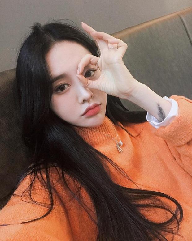 Chuyên gia makeup của Lee Hyori chỉ ra 5 tips makeup cơ bản đem lại làn da bóng bẩy, ngậm nước - Ảnh 2.