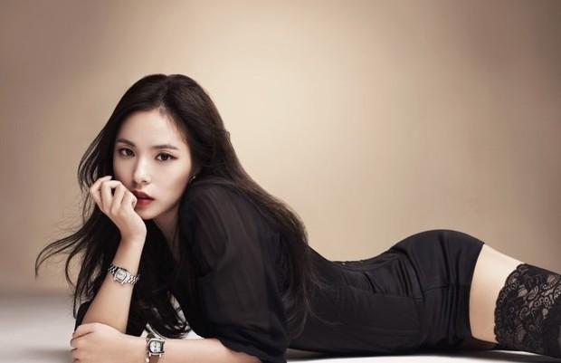 Khoảnh khắc Min Hyo Rin đạt đến đỉnh cao nhan sắc: Khi trở thành cô dâu trong bộ váy cưới trắng muốt - Ảnh 7.