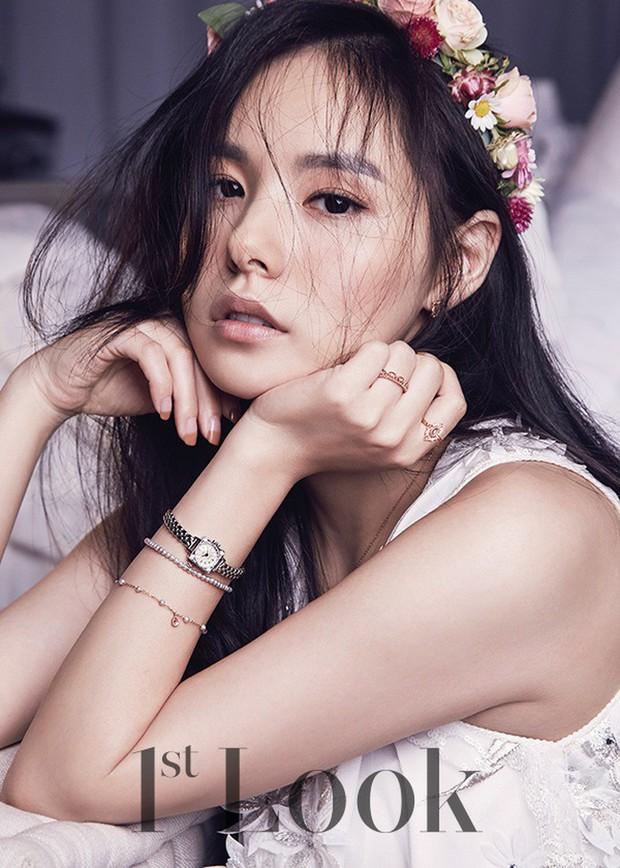 Khoảnh khắc Min Hyo Rin đạt đến đỉnh cao nhan sắc: Khi trở thành cô dâu trong bộ váy cưới trắng muốt - Ảnh 8.