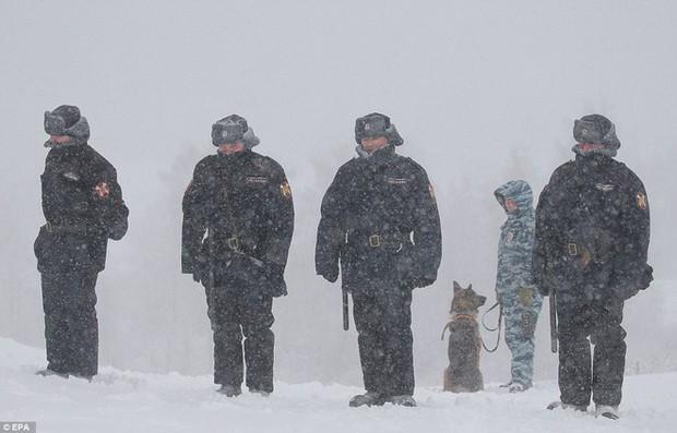 Tuyết rơi phá kỷ lục 100 năm ở Nga: Đã tìm ra nguyên nhân - Ảnh 3.