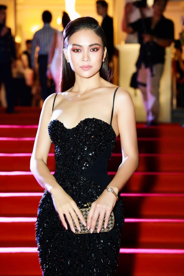 Nào chỉ có váy áo, thảm đỏ WeChoice Awards còn hội tụ cả những món trang sức tiền tấn - Ảnh 2.