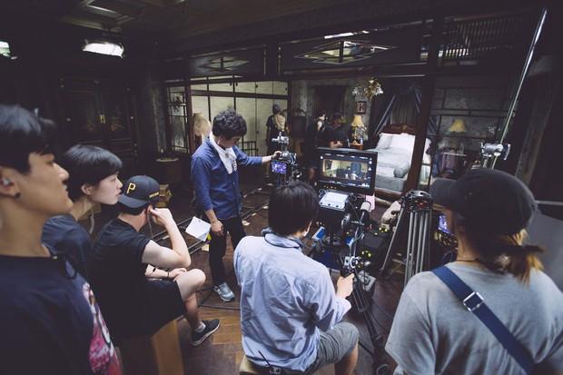 Hậu trường ít ai biết của cảnh nóng phim Hàn 18+ The Handmaiden - Ảnh 5.