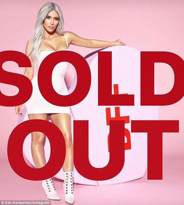 Tặng quà cho Taylor Swift, Kim đã thu về 220 tỷ đồng bằng cách này - Ảnh 1.