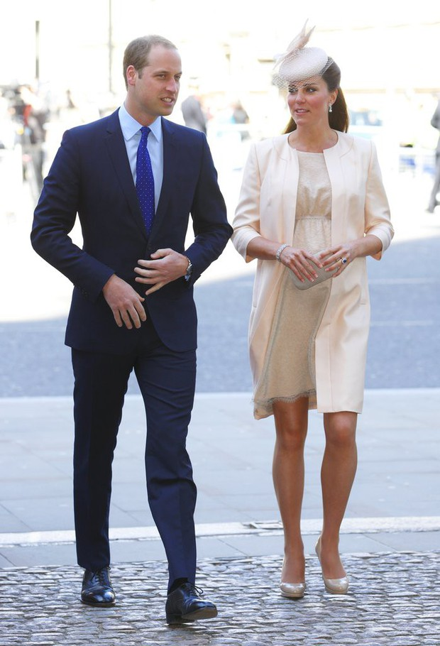 Công nương Kate Middleton không bao giờ cởi áo khoác tại nơi công cộng và lý do bất ngờ đằng sau quy tắc này - Ảnh 7.