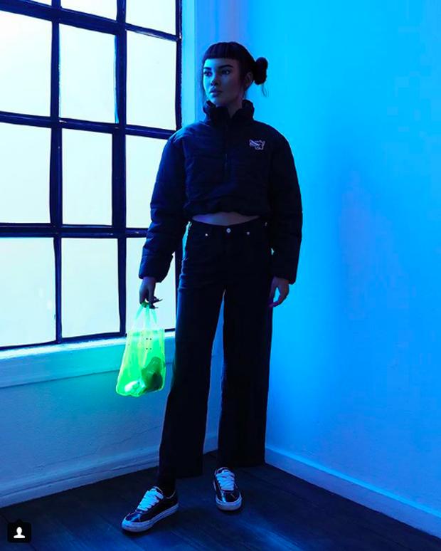 Miquela - Người mẫu ảo nổi tiếng nhất Instagram với 542.000 người theo dõi: mẫu là ảo, nhưng quần áo được gửi tặng là thật! - Ảnh 14.