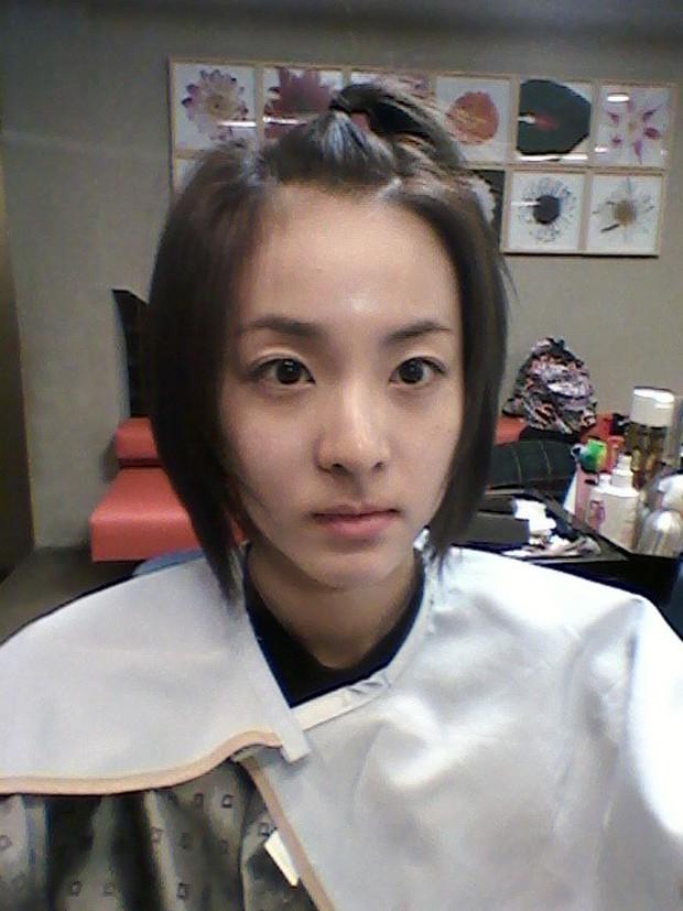 Thời này là phải đọ mặt mộc 100% tự nhiên của dàn mỹ nhân Kpop mới biết ai xứng danh nữ thần - Ảnh 16.