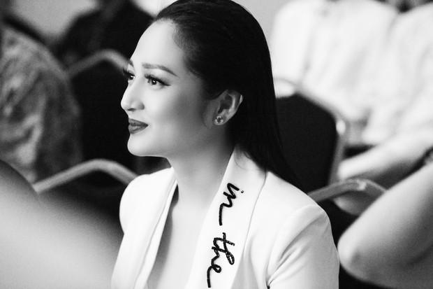 Loạt ảnh các khoảnh khắc đẹp đến nao lòng của sao Việt trong đêm Gala WeChoice Awards 2017 - Ảnh 16.