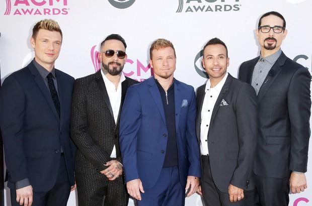 Backstreet Boys thừa nhận là fan bự của BTS - Ảnh 1.