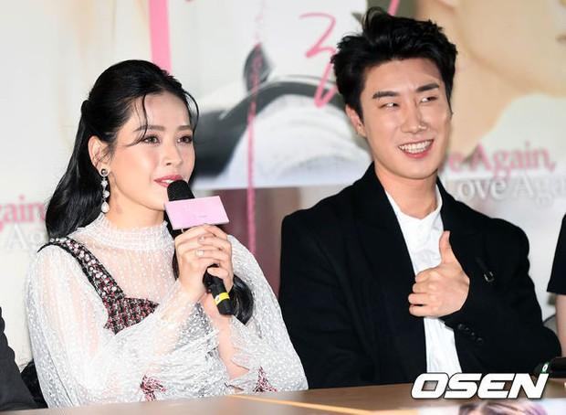 Cùng bị dìm tại sự kiện: Nữ thần Kpop đẹp mê hồn, Chi Pu được gọi là Kim Tae Hee Việt Nam nhưng mặt sao thế này? - Ảnh 19.