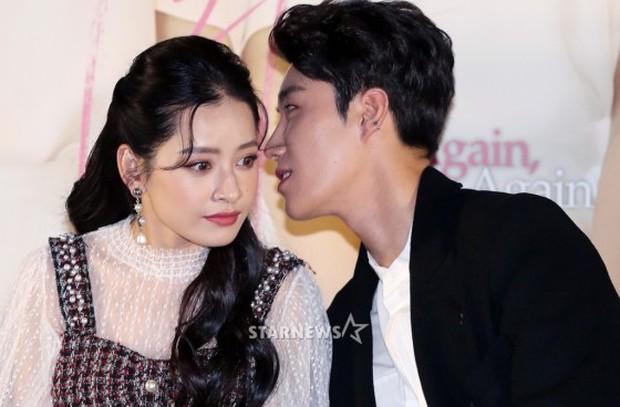 Cùng bị dìm tại sự kiện: Nữ thần Kpop đẹp mê hồn, Chi Pu được gọi là Kim Tae Hee Việt Nam nhưng mặt sao thế này? - Ảnh 20.
