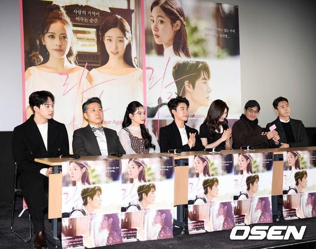 Cùng bị dìm tại sự kiện: Nữ thần Kpop đẹp mê hồn, Chi Pu được gọi là Kim Tae Hee Việt Nam nhưng mặt sao thế này? - Ảnh 28.