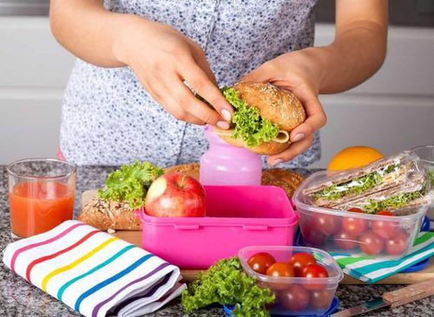Mẹo giúp giảm cân hiệu quả cho dù bạn 25 hay 65 tuổi - Ảnh 3.
