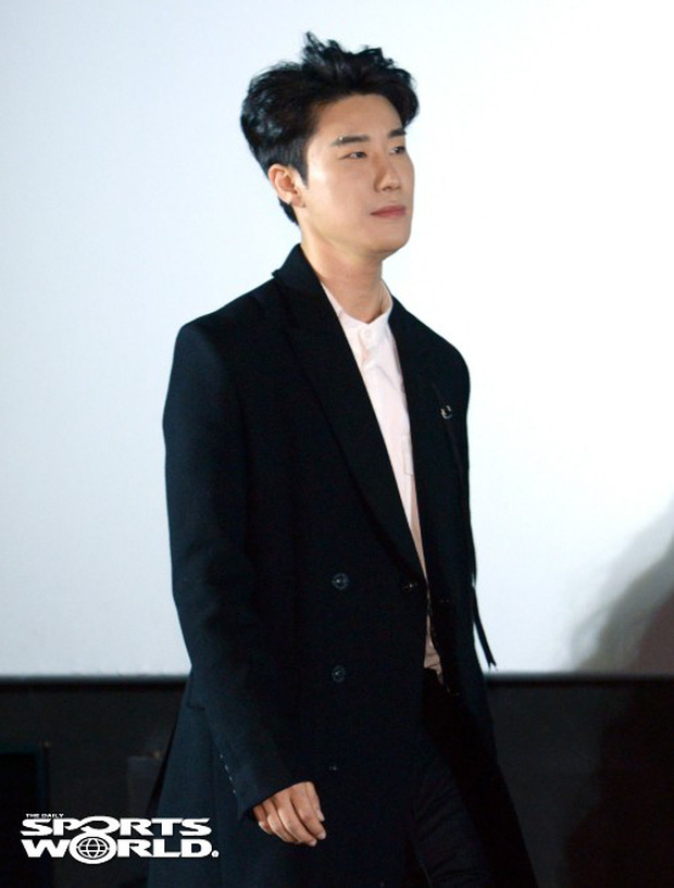Cùng bị dìm tại sự kiện: Nữ thần Kpop đẹp mê hồn, Chi Pu được gọi là Kim Tae Hee Việt Nam nhưng mặt sao thế này? - Ảnh 26.