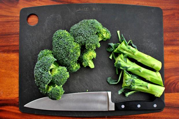 Nhà khoa học hướng dẫn cách sử dụng bông cải xanh hiệu quả nhất để không phí tiền - Ảnh 1.