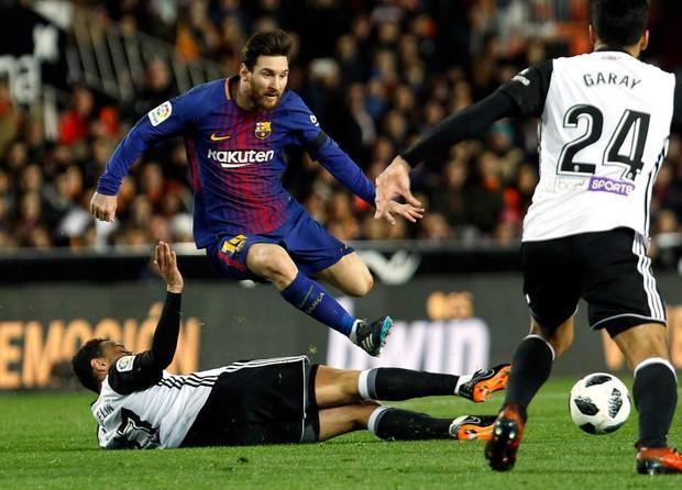 Bom tấn khai hỏa, Barca vào chung kết Cúp Nhà vua Tây Ban Nha - Ảnh 3.