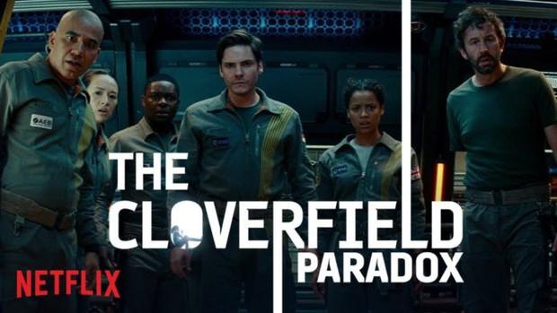 """Nghệ thuật của Netflix: Hô biến The Cloverfield Paradox từ """"xịt phẩm"""" thành một mỏ vàng - Ảnh 2."""