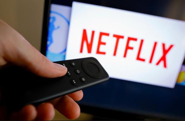 """Nghệ thuật của Netflix: Hô biến The Cloverfield Paradox từ """"xịt phẩm"""" thành một mỏ vàng - Ảnh 3."""