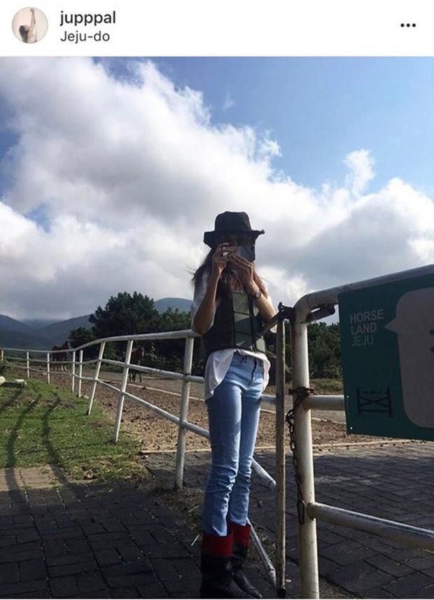 Thánh soi Dispatch tiếp tục khui loạt ảnh hẹn hò lãng mạn của G-Dragon cùng bạn gái tại đảo Jeju và Hawaii - Ảnh 5.