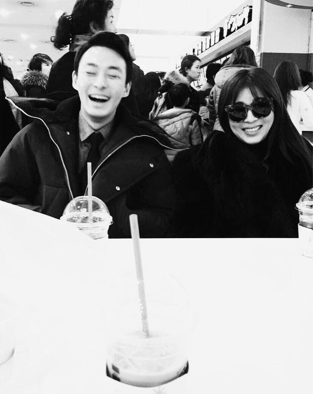 Ha Ji Won cuối cùng đã lên tiếng sau khi em trai qua đời: Hi vọng ngôi sao của chị sẽ được hạnh phúc - Ảnh 3.