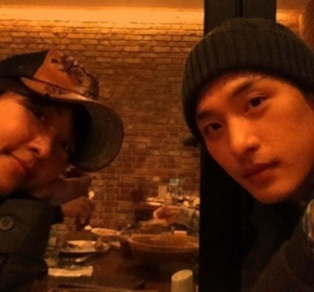 Ha Ji Won cuối cùng đã lên tiếng sau khi em trai qua đời: Hi vọng ngôi sao của chị sẽ được hạnh phúc - Ảnh 5.