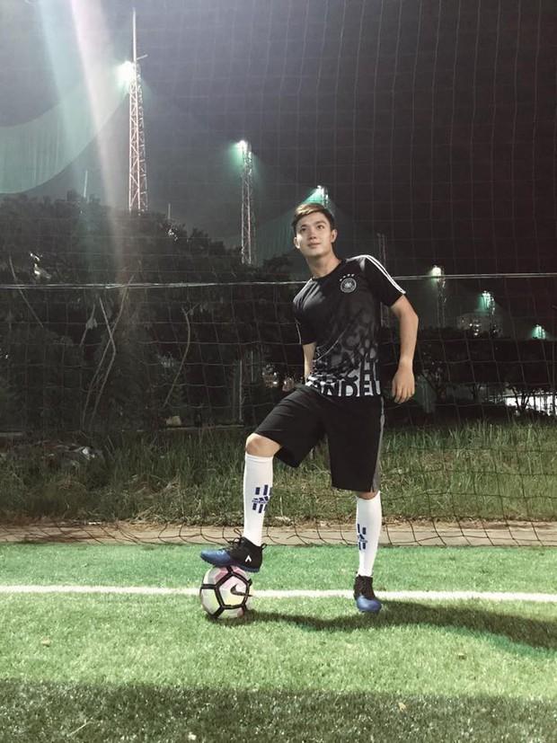 U23 có dàn cầu thủ đẹp trai như hot boy, còn đây là khi hot boy Việt mặc quần đùi áo số! - Ảnh 26.