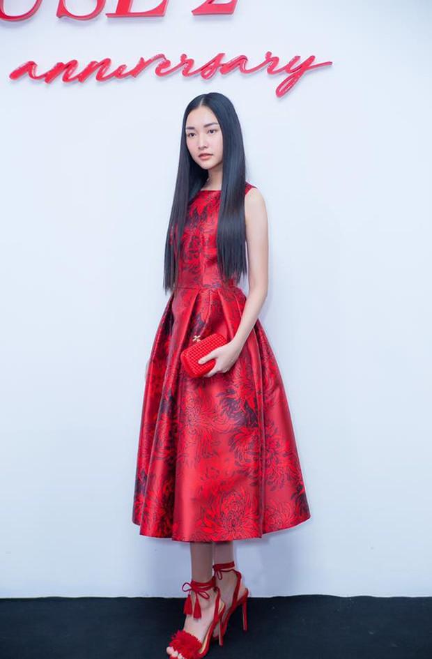 """Nàng thơ xứ Huế Ngọc Trân: từ cô nữ sinh áo dài đến mỹ nhân sở hữu nhan sắc """"nức lòng"""" - Ảnh 32."""