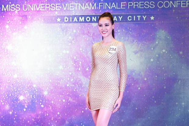 Khởi đầu mờ nhạt nhưng cô nàng 1m80 này lại liên tiếp lọt Top cao tại Hoa hậu Hoàn vũ VN 2017 - Ảnh 16.