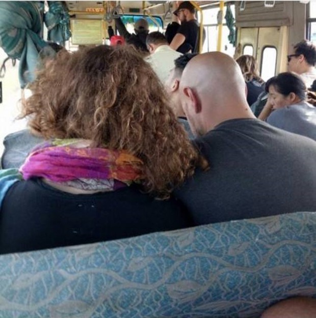 Xác minh thông tin du khách đưa 500.000 đồng vé xe buýt Hội An - Đà Nẵng nhưng không được thối lại dù giá chỉ có 20.000 đồng - Ảnh 1.