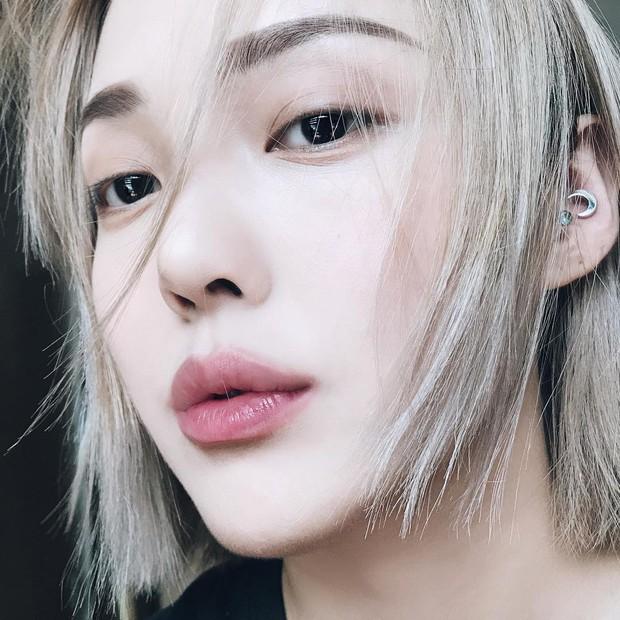 Viền môi mờ ảo, tóc nhuộm blorange...: 7 xu hướng làm đẹp hay ho mà các nàng nên update ngay cho năm 2018 - Ảnh 5.