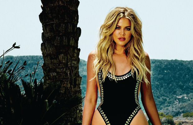 Khloé Kardashian bật mí bài tập chống đẩy kiểu mới giúp bạn tập luyện nhẹ nhàng hơn mà vẫn hiệu quả - Ảnh 2.