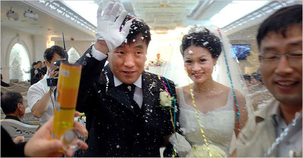 Chuyện lấy chồng nước ngoài: Cứ 100 cô dâu nước ngoài tại Hàn thì có tới 73 cô là người Việt Nam - Ảnh 2.